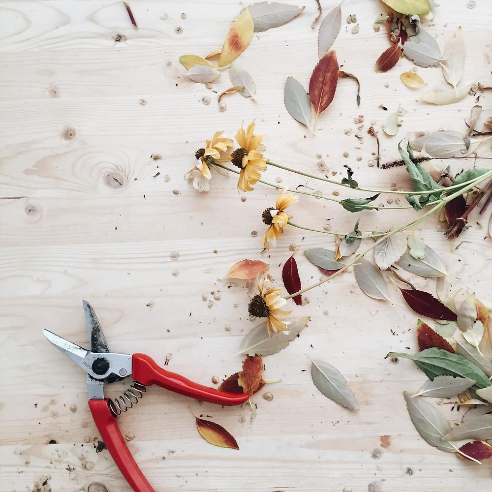 foraged centerpiece, wedding florist boise