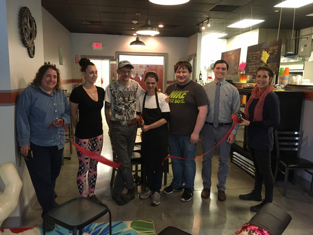 CHAMBER WELCOMES CUPPITY KAKES SPRINGFIELD