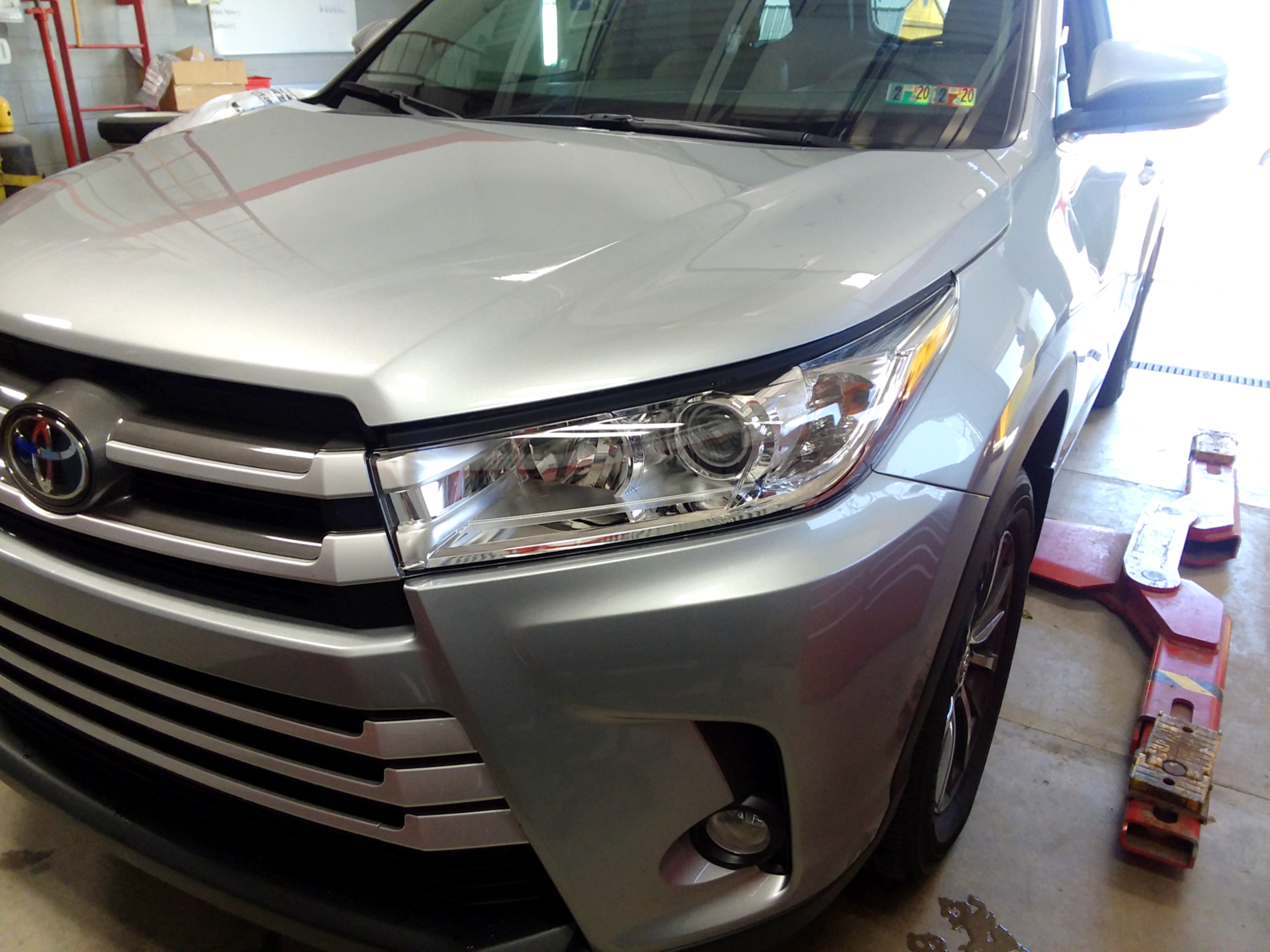 2019 Toyota Highlander Partial Hood