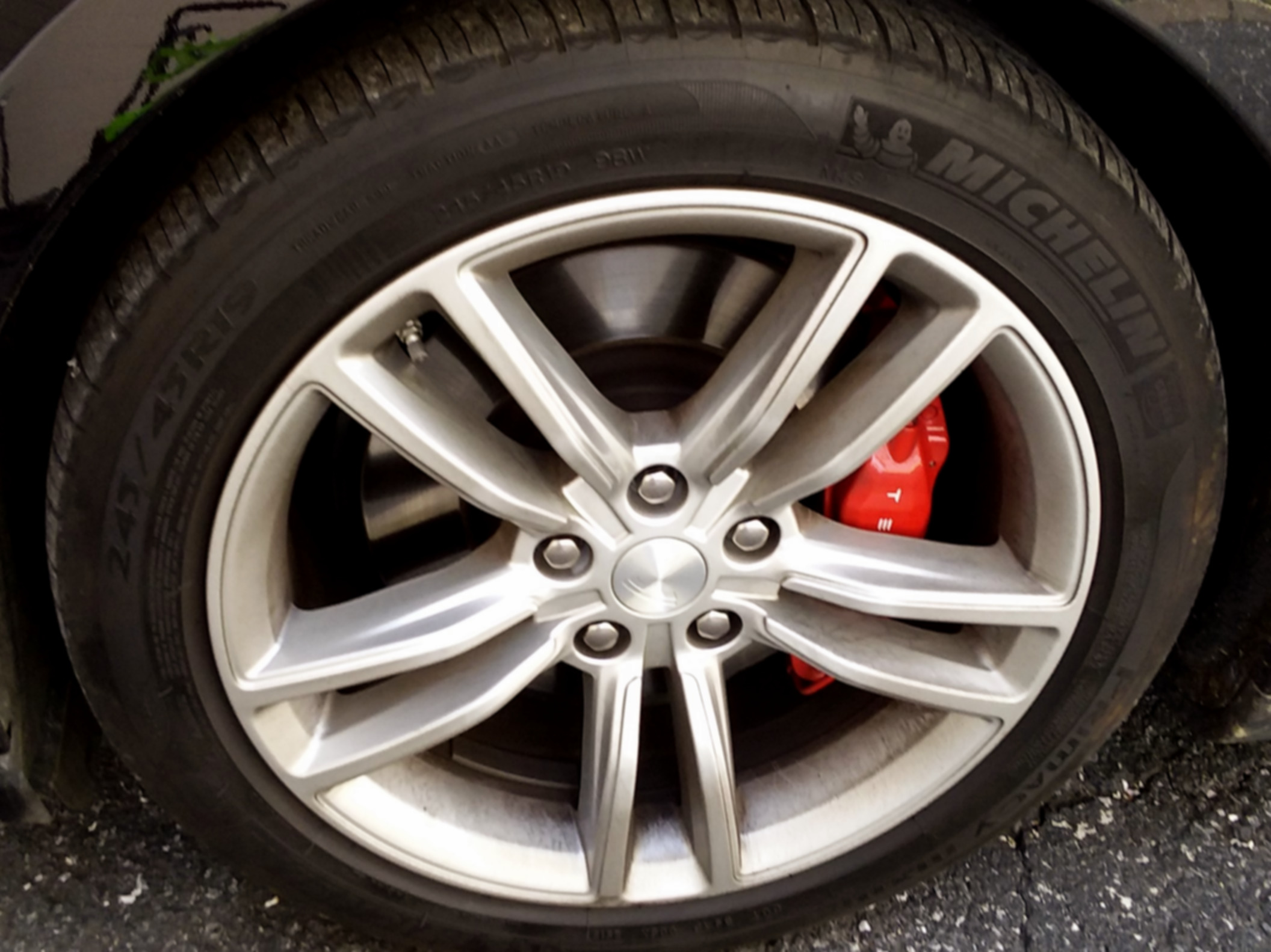 2015 Tesla P90D Wheel Before
