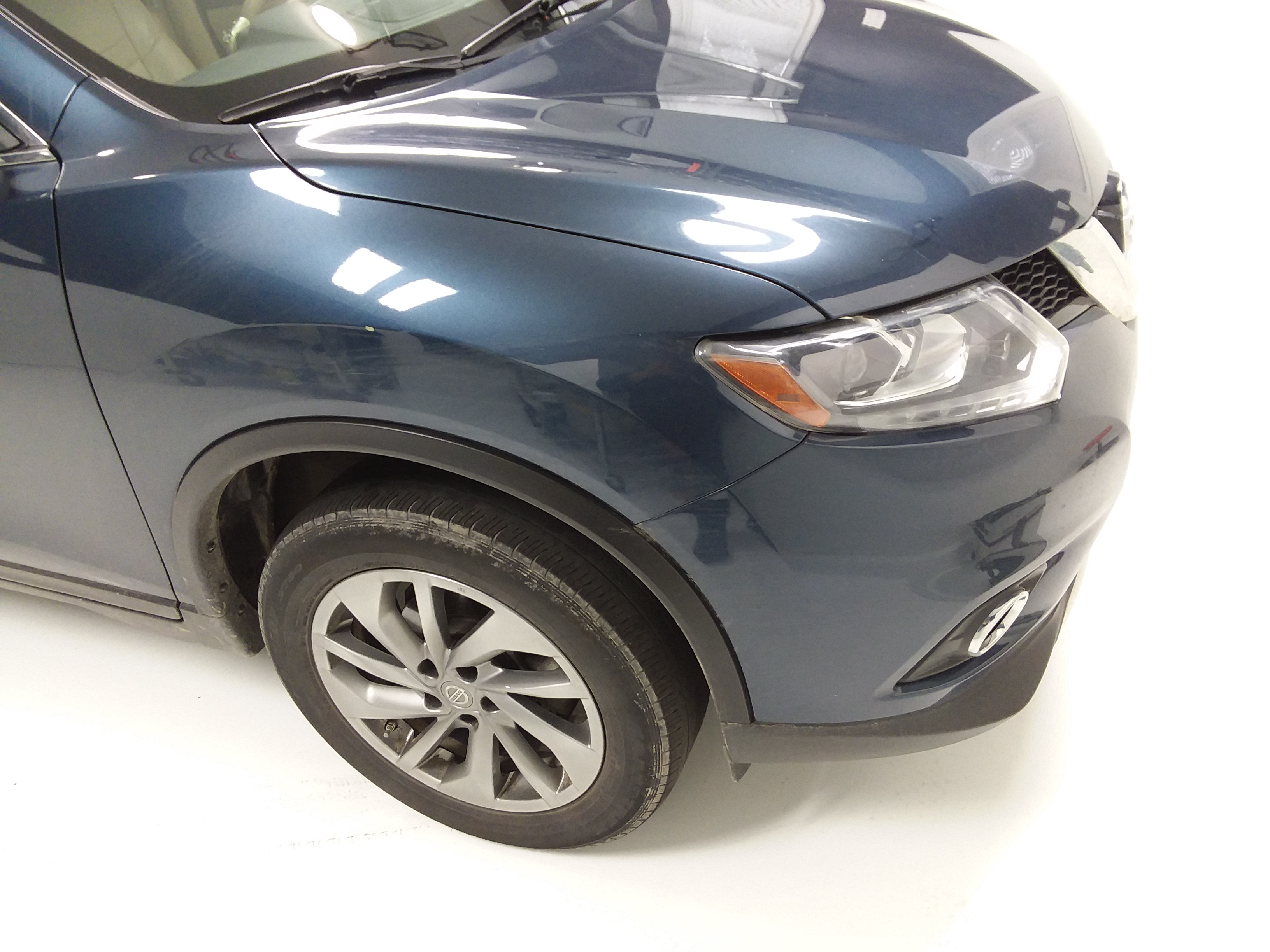 Nissan Rogue Before Decon