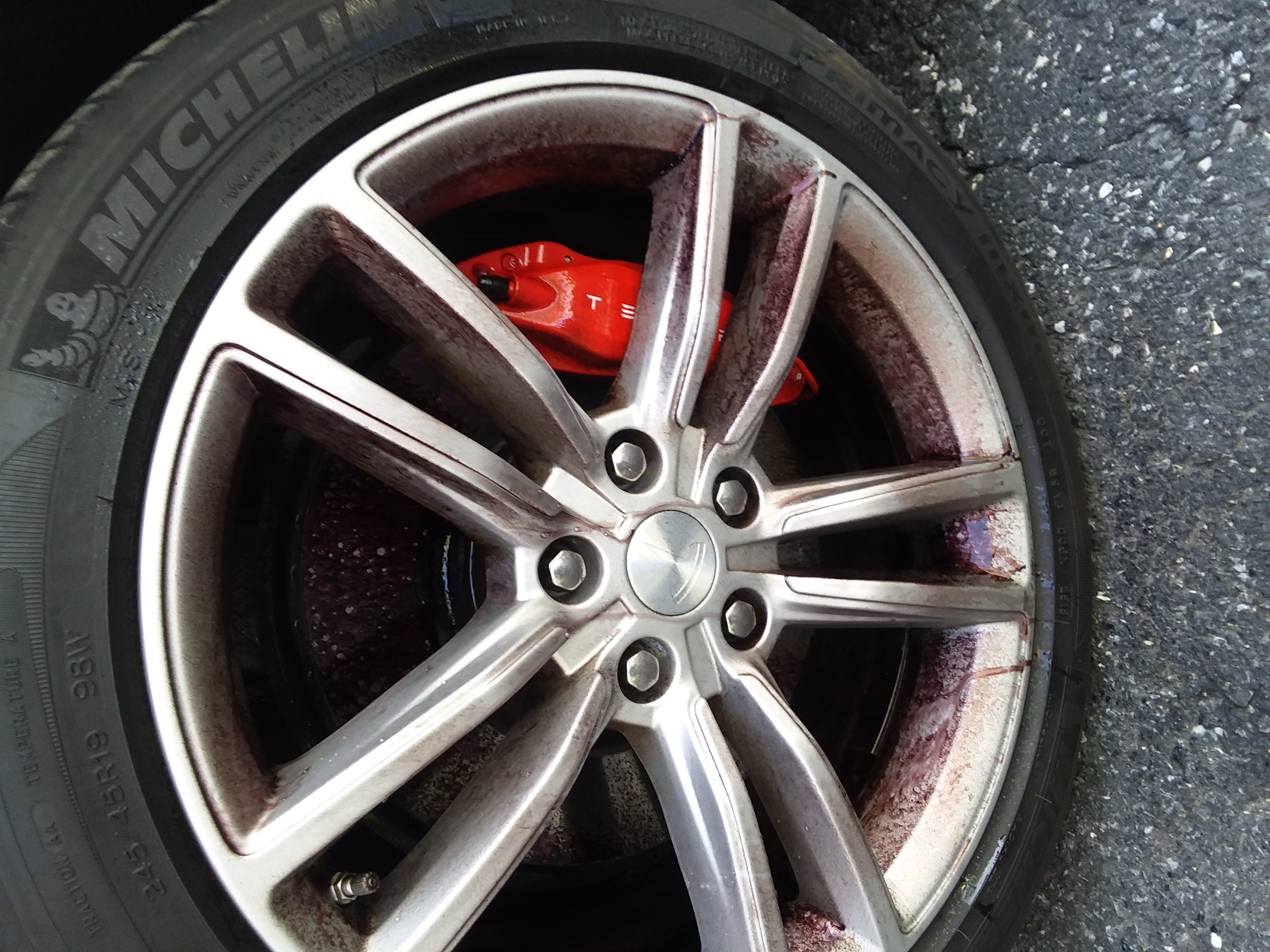 2015 Tesla P90D Wheel During