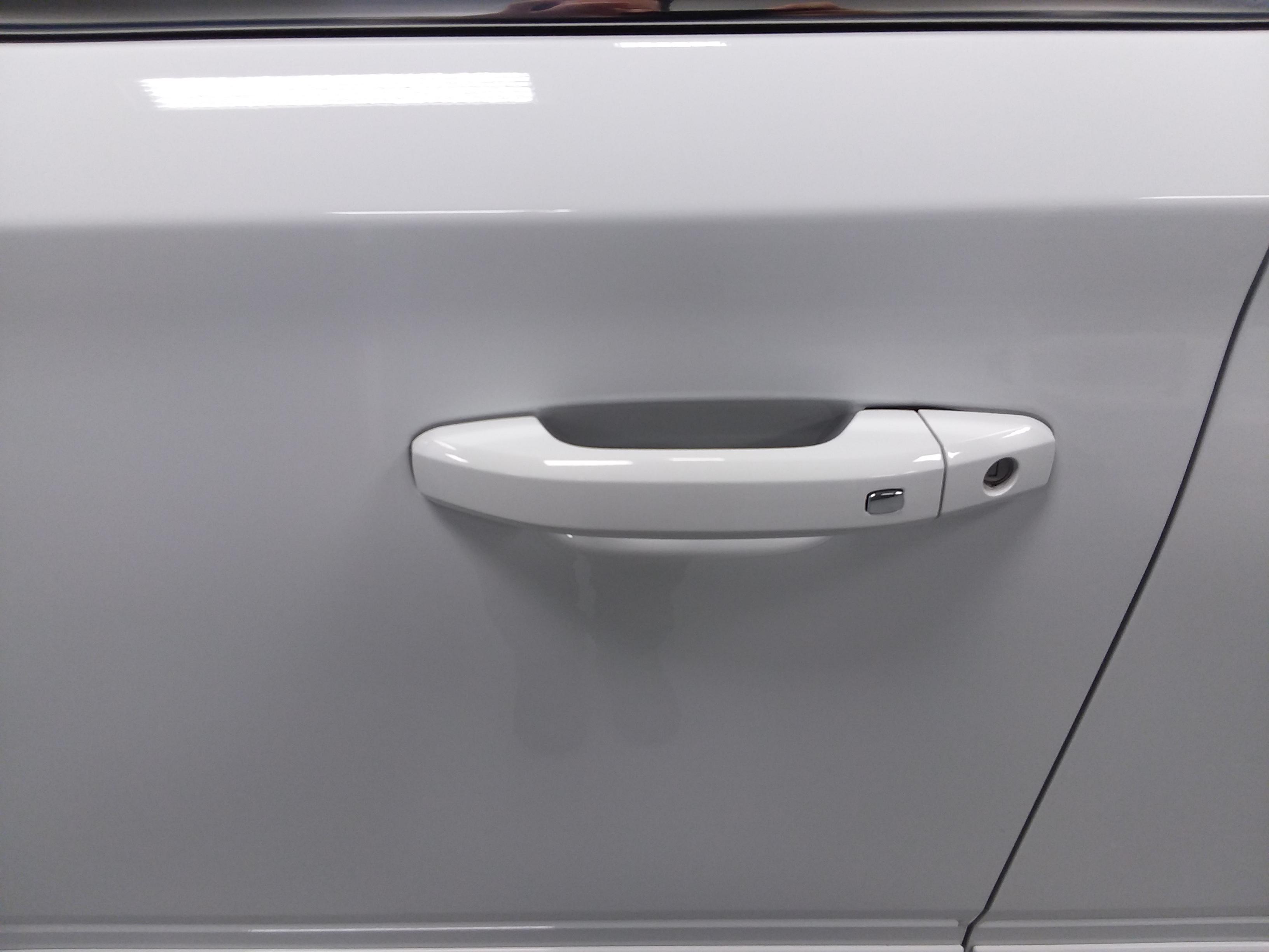 Chevrolet Suburban Door Cup