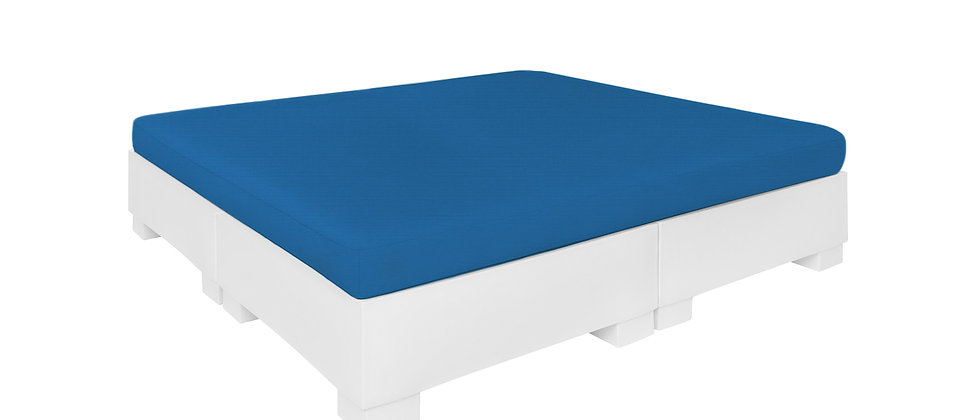 Square Sunbed With Flat Cushion