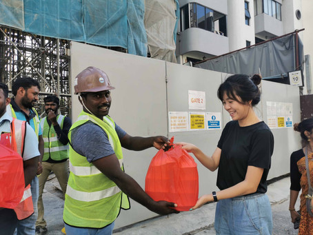 Free food distribution to construction workers