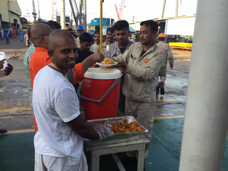 Free Food Distribution To Shipyard Workers