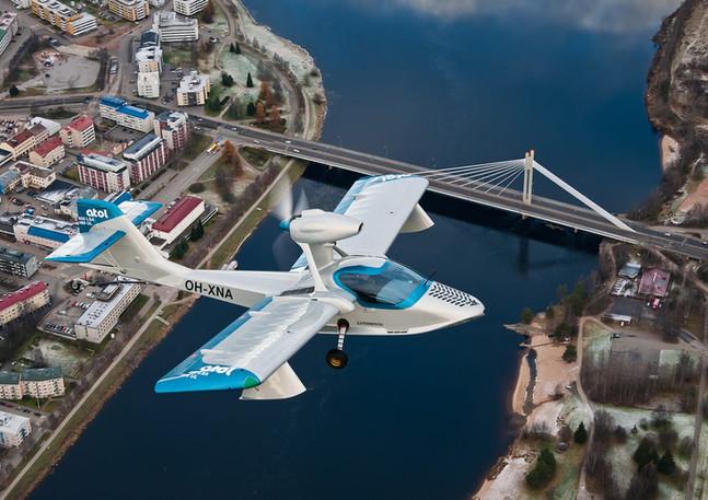 Atol_Avion_650_Amphibious-Aircraft_2.jpg