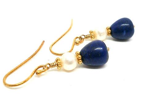 Kila Design, Ørehænger i forgyldt sølv med lapis lazuli og perle (925)