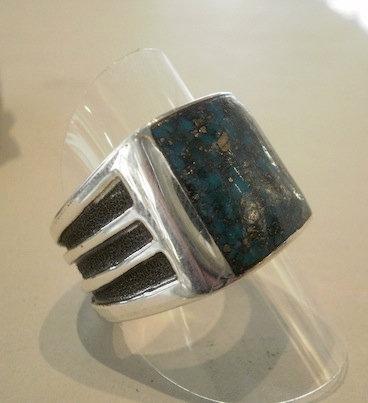 Chimney Butte, Ring i sterlingsølv med firkantet turkis (925)