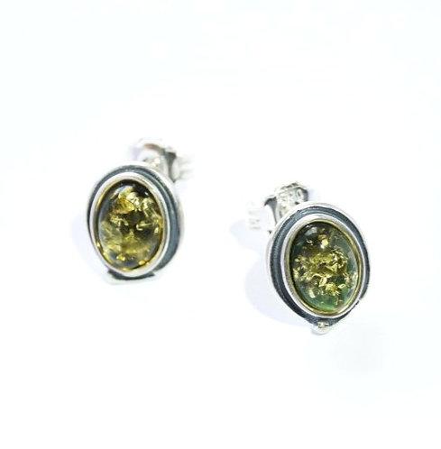 Grøn Rav ørestikker ovale med kant (925)