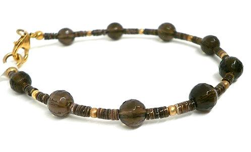 Kila Design, Armbånd med røgkvarts, heishe perler og forgyldt sølv (925)