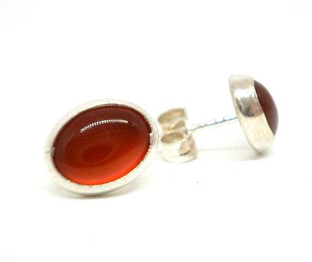 Ovale sølv karneol ørestikker (925)