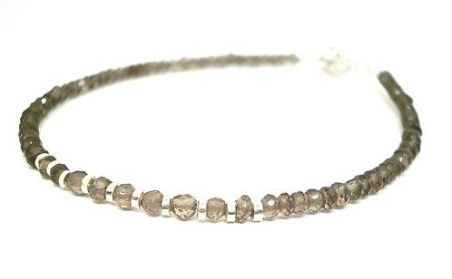 Kila Design, Armbånd med røgkvarts og sterlingsølv beads (925)
