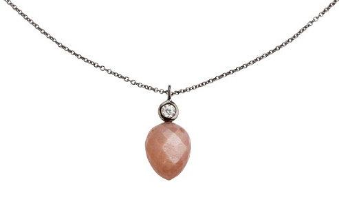 Lieblings, Mira, Halskæde i rhodineret sølv med peach månesten og zirkonia (925)
