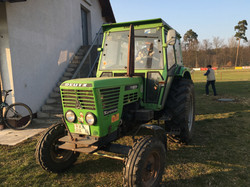 Traktor FVL