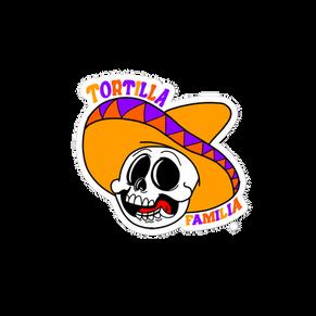 Familia Skull Sticker