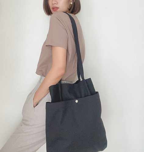 Casual Tote.