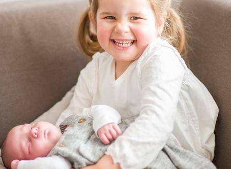 Neugeborenen-Familien-Homestory