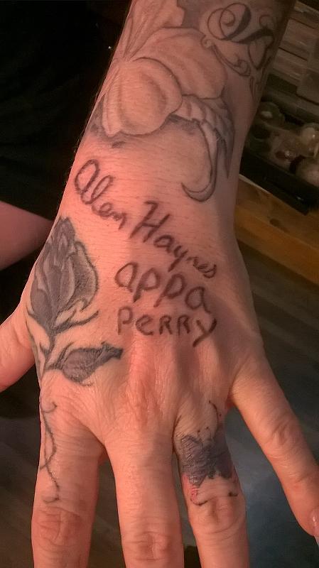 Alan Hands Autograph by Jesse