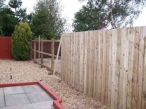 garden-fence-during[1].jpg