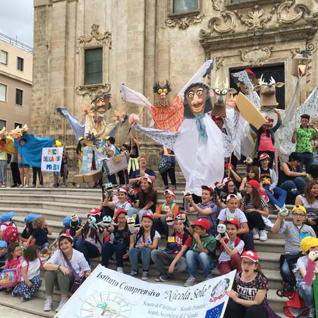 Grande parata di pupazzi giganti a Matera