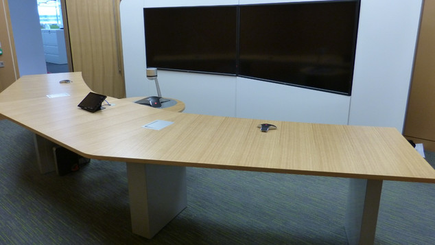Telepresence A.V Table