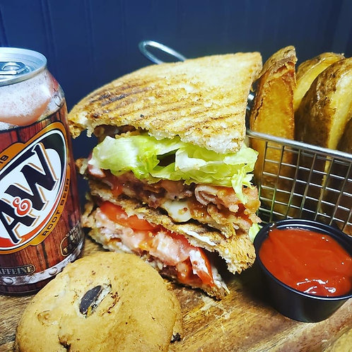 SPECIAL OF THE WEEK - BLT PANINI