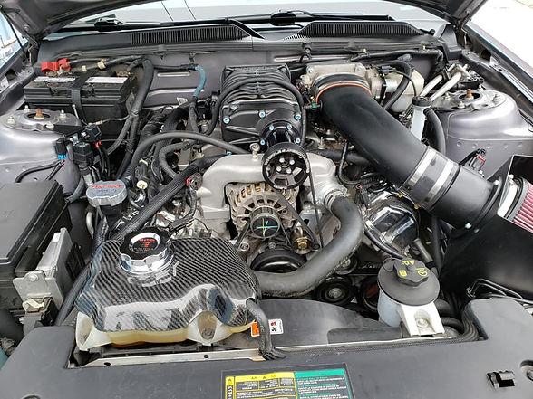 07 Mustang Engine.jpg