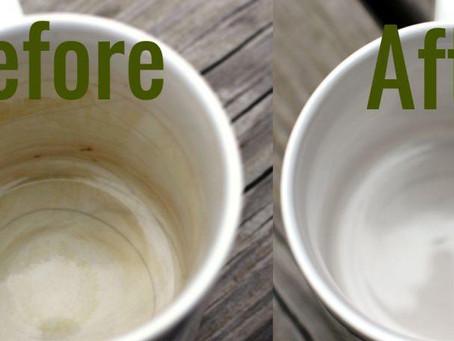 คราบกาแฟในแก้วน้ำขจัดออกอย่างไร?