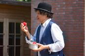 Arikel - Hakim act voor de zomertour van Theater Hofpoort Coevorden