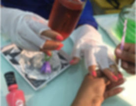 deluxe manicure.jpg