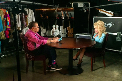 Larry King and Dolly Parton_Derrek Kupis