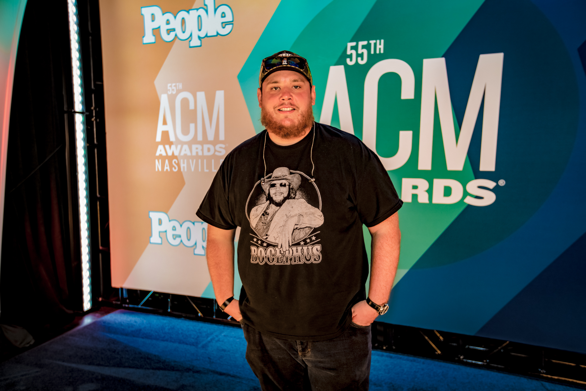Luke Combs ACM Awards_Derrek Kupish