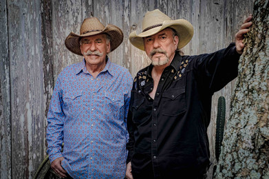 Bellamy_Brothers_Publicity_Photo_Derrek
