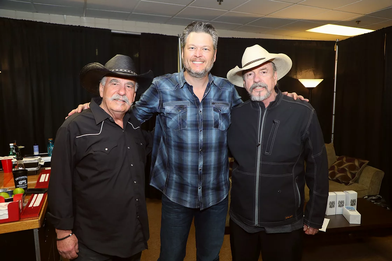 Bellamy Brothers Blake Shelton_Derrek Ku