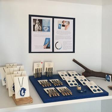 installation of daily use cyanotype-blue print works, 'Hayal-et Khalkedon'-'Imagine Khalkedon', 2019.