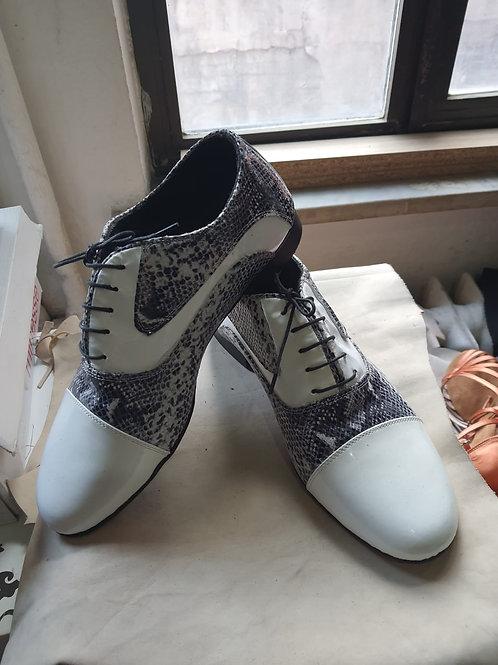 White Cobra Señor Tango Shoes