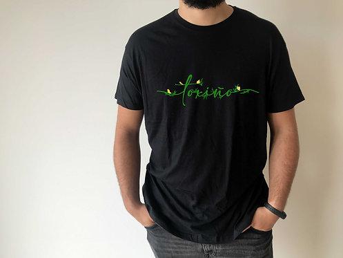 """Camiseta negra """"Toxiño"""" de Hilos y ballenas"""
