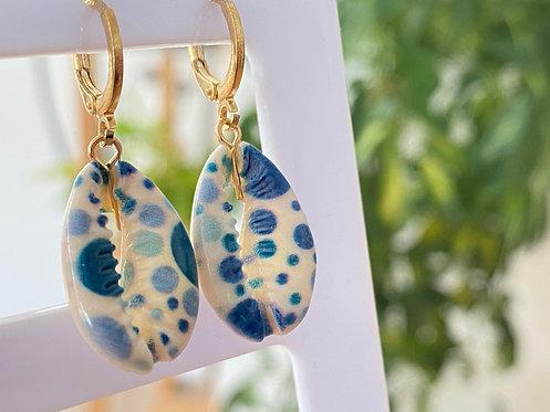 Pendientes conchitas azules