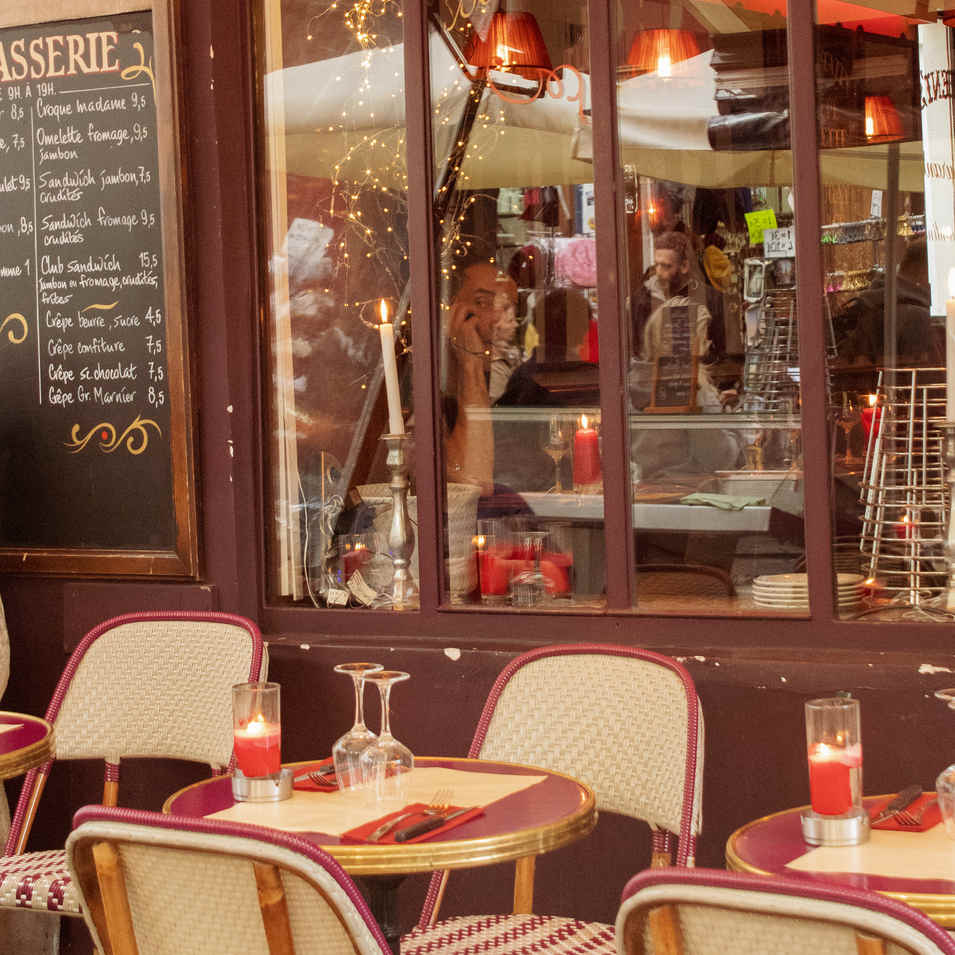 Montmatre - Cafe