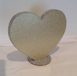 Gold sparkle heart