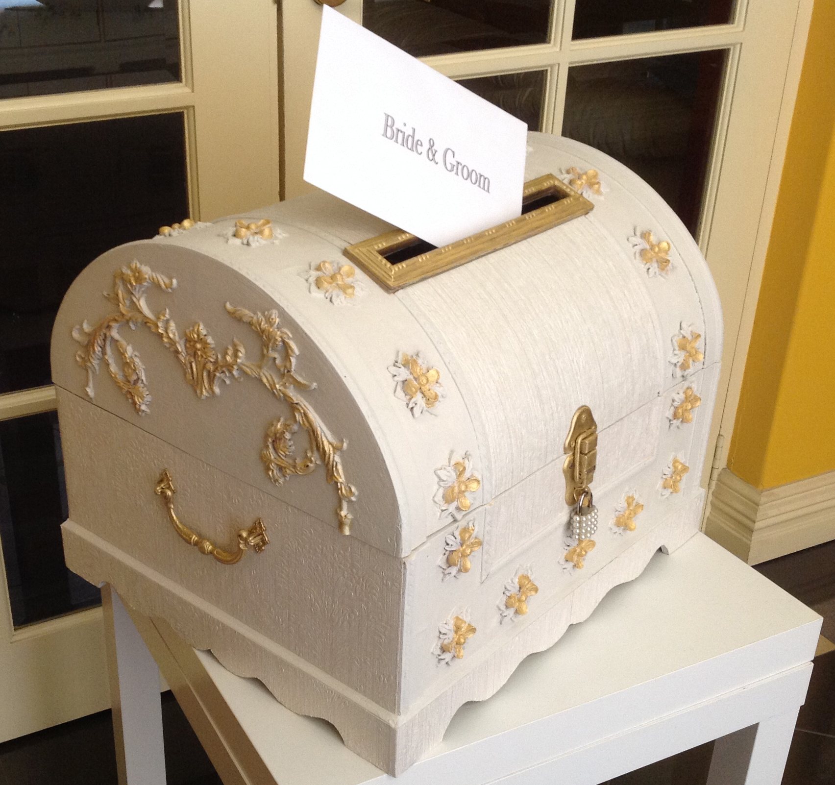 Vintage Wedding Trunk Wishing Well