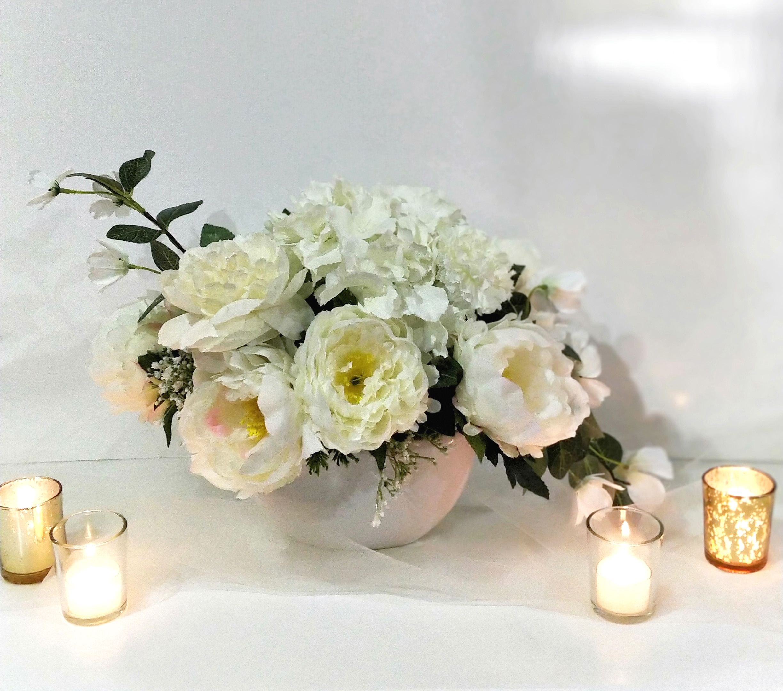 White floral centrepiece