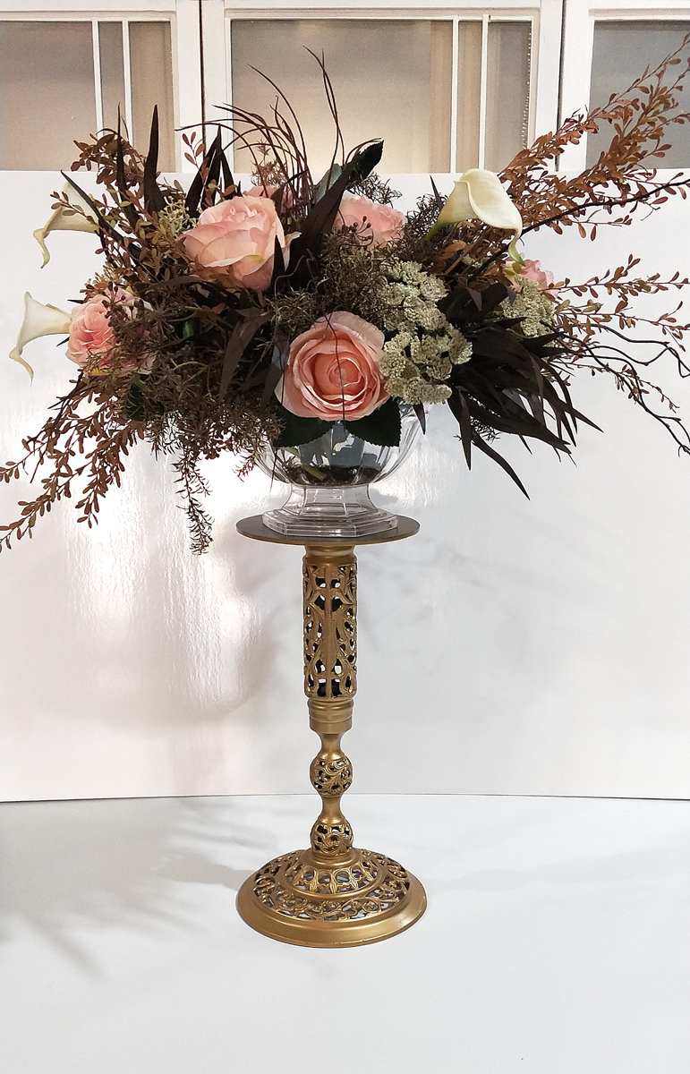 Gold Metal Flower Stand 2 rdc