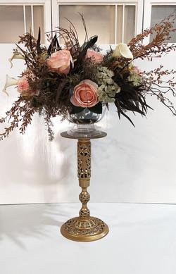 Gold Metal Flower Stand 2 rdc