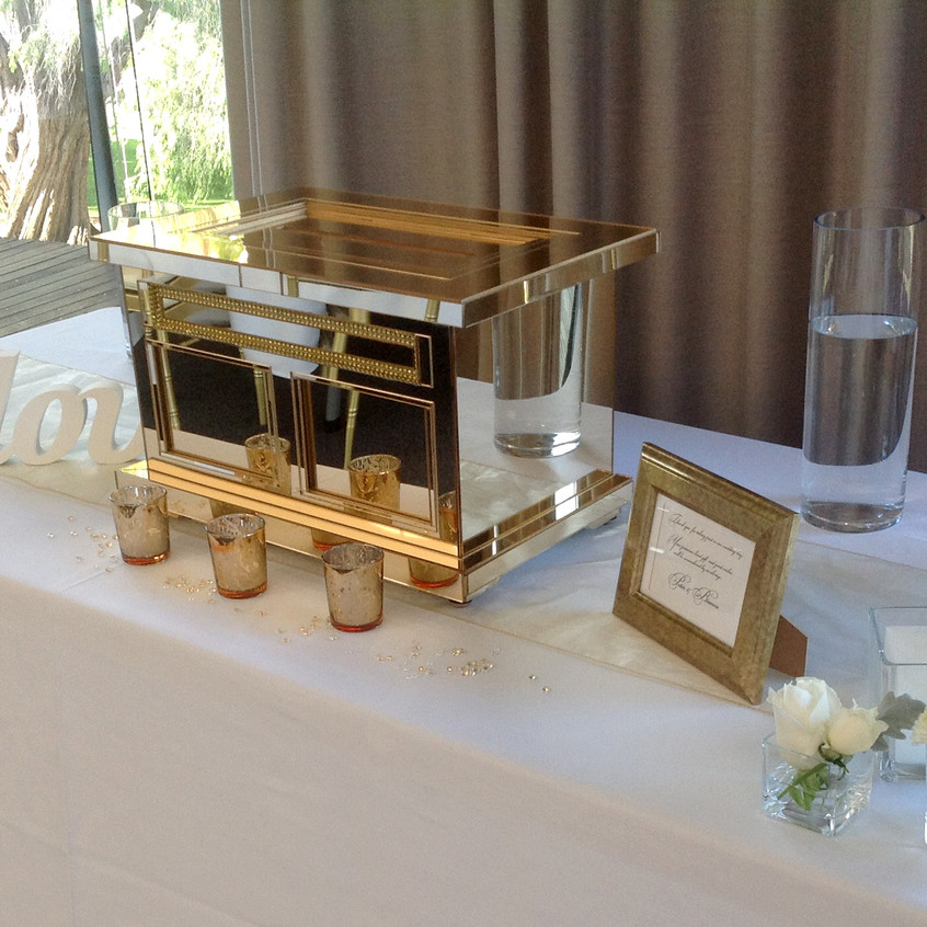 Gold mirrored Box