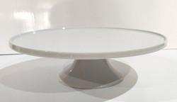 White Ceramic Cake stand with lip