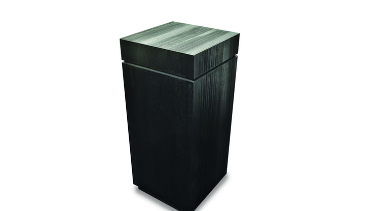 SOCLO  Description :  Structure  in oak veneer (other finishes/sizes on demand)   Size (LxWxH) :  40 x 40 x 90 cm
