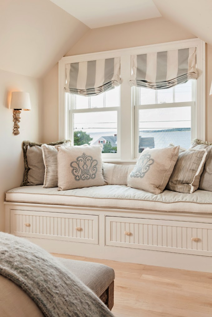 window seat with roman shades