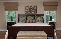 Control-the-light-that-flows-into-your-master-bedroom-with-the-right-shades